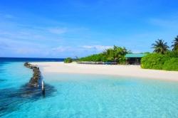 krásná pláž Maledivy
