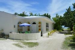 Dovolená na Maledivách - Dům č.3 venkovní posezení, vedle Relax pláže