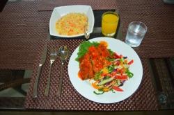 ryby se zeleninou a rýží