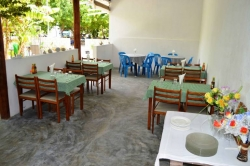 Dovolená na Maledivách - restaurace zevnitř