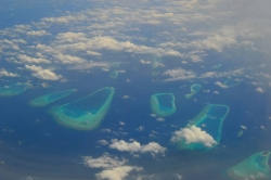 Letecký pohled na ostrovy Malediv