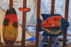 Nakupování na Maledivách - dřevěnné suvenýry