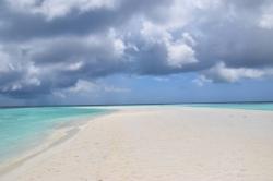 špatné počasí Maledivy