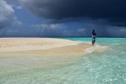 bouřka Maledivy