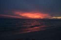 nejkrásnější západ slunce na Maledivách