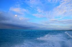 polojasné počasí Maledivy