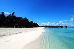 Dovolená na Maledivách - Pláž resortu Med Kani