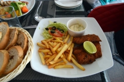 smažená ryba, hranolky