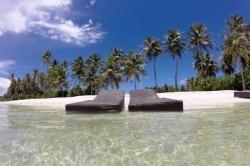 Turistická pláž na Maledivách