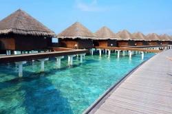 luxusní resort Maledivy