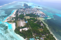 Maledivy ostrov Huraa, letecký pohled II