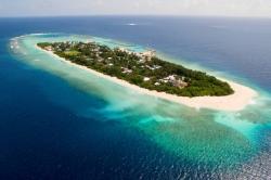 letecký pohled na ostrov Ukulhas