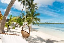 soukromá pláž Maledivy