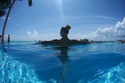 Maledivy den v resortu
