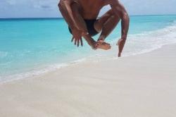Výskok na Maledivách