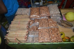 kokosové tyčinky a oříšky