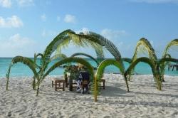 Maledivy svatební altánek