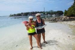 Rybářky s úlovky