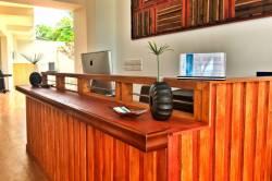 recepce hotelu ostrov Dhigurah Maledivy