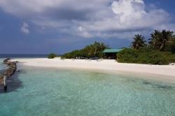 překrásná pláž na Maledivách