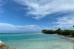 pláž a moře na Maledivách