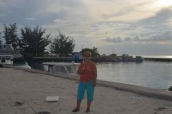 V přístavu ostrova Huraa