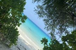 pohled na vstup na pláž