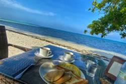 snídaně a moře