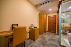 pokoj s prosklenou koupelnou