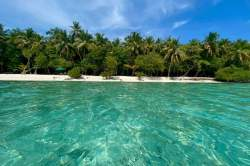 ostrov-Fehendhoo-Maledivy-3