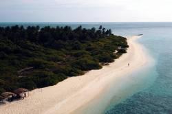 konec ostrova Feridhoo Maledivy