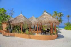 venkovní restaurace Maledivy