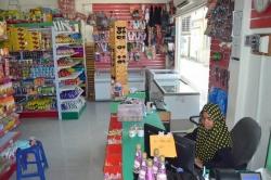 nákup potravin na Maledivách