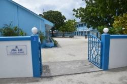 škola na Maledivách