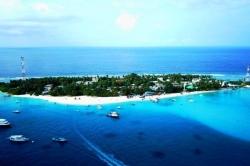 ostrov Fulidhoo z dronu