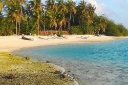 pláž ostrov Huraa, Maledivy