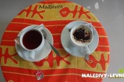 černý čaj a káva na Maledivách