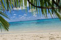 pláž na Maledivách