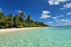 pláž Maledivy Dhigurah