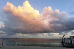 západ slunce na pláži