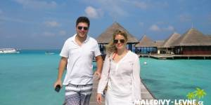 Maledivy, klienti v resortu