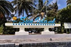 nápis Sun island resort