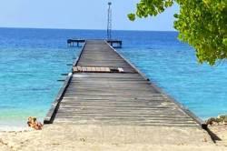 molo ostrova Omadhoo
