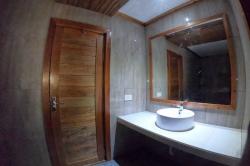 koupelna pokoje premium Mandhoo