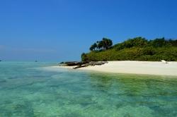 turistická pláž Mathiveri