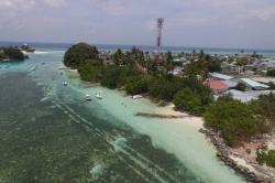 Maledivy, Huraa, relax beach