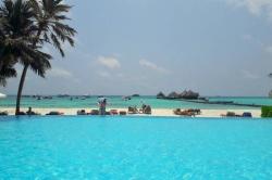 bazén v resortu