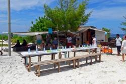 Maledivy - oběd na výletě