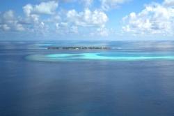 Maledivy, ostrov Omadhoo