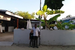 Dovolená na Maledivách - syn s Mustafou